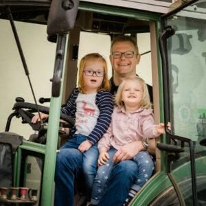 Auch die Jüngsten lieben den Traktor